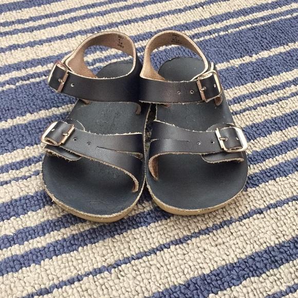 5b70d2639ce Sun San Sea Wees Navy Sandals. M 5a523ec91dffdaf7d90099b6
